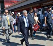 MAHMUT TANAL - Taksim'deki 'Cumhuriyet Ve Demokrasi Mitingi'ne Vatandaşlar Akın Etti