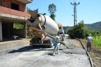ÖZDEMIRCI - Akören-Yeşilyurt-Özdemirci Mahallelerinin Yolları Betonlanıyor