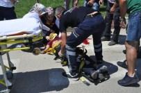 İnegöl'de Feci Kaza Açıklaması 2 Yaralı