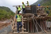 MAHMUT YıLMAZ - Orman İşletme Müdürlüklerinde Köprü Ve Bina İnşaatları Devam Ediyor
