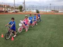 TRAFİK EĞİTİMİ - Büyükçekmece'de Bisiklete İlgi Her Geçen Gün Artıyor