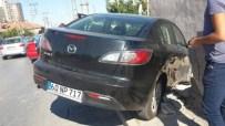Kaza Yapan Otomobil Bahçe Duvarını Yıktı