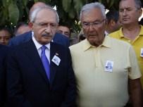 MUSTAFA AKAYDıN - Kılıçdaroğlu Ve Baykal Yan Yana Saf Tuttu