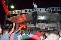 KAPALI ÇARŞI - Malatyalılar Fetullah Gülen'in Maketini Astı