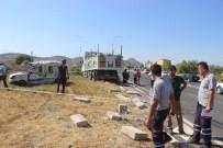 HÜSEYIN ÖZER - Tavşanlı'da Trafik Kazası Açıklaması 1 Ölü