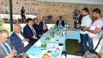 GAZETECILER GÜNÜ - Vali Arslantaş Gazeteciler İle Buluştu