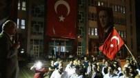 KRAL ÇıPLAK - Erciş, Demokrasi Nöbetine Devam Ediyor