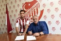 CEM SULTAN - Milli Futbolcu Hakan Çalhanoğlu'nun Kardeşi Gümüşhanespor'a Transfer Oldu