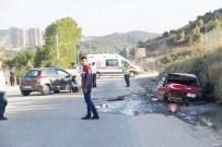Otomobiller Hurdaya Döndü Açıklaması 2'Si Çocuk 7 Yaralı