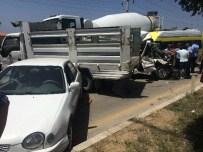 VAN YÜZÜNCÜ YıL ÜNIVERSITESI - Van'da Zincirleme Trafik Kazası; 11 Yaralı