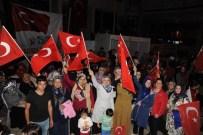 Artvin'deki Demokrasi Nöbetinde Kar Üzerinde Yapılan Helva İkram Edildi