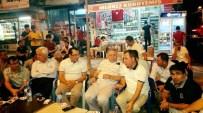 AHMET GAZI KAYA - Kaymakam Kaya İle Başkan Toprak Demokrasi Nöbetinde