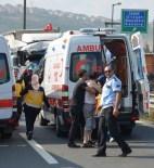 MUSTAFA ASLAN - Otomobil İki TIR Arasında Sıkıştı Açıklaması 1 Ölü, 7 Yaralı
