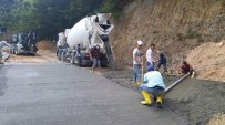ŞENYURT - Ünye'de 13 Mahallede Beton Yol Çalışmaları Tamamlandı