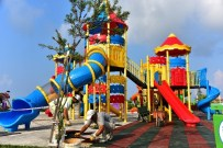 TAHTEREVALLI - Atatürk Parkı Çocuk Oyun Alanı Yenilendi