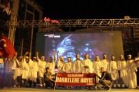 TİYATRO OYUNU - Darbe Girişimine Karşı Kefenlerini Giyip Meydana Çıktılar