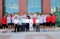 HASAN ÖZER - Gül, Voleybol Milli Takımı'nı Ziyaret Etti