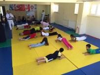 Karaman'da Yaz Spor Okulları Judo Eğitimleri Devam Ediyor