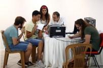 TÜRKAN SAYLAN - Konak'ta Tercih Karmaşasına Sona Erdiren Danışmanlık Hizmeti