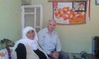 HIKMET ÖZDEMIR - Şehit Annesine Bayram Ziyareti