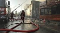 LÜKS OTOMOBİL - İstanbul'da Korkutan Yangın
