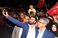 EŞREF ZIYA - Gebzelilerin Demokrasi Nöbeti Sürüyor