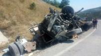 AHMET HAMDI AKPıNAR - Kargı'da Trafik Kazası Açıklaması 1 Ölü, 1 Yaralı