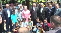 FEVAI ARSLAN - Bakan Özlü AK Parti'de Bayramlaşmaya Katıldı