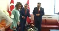 DOKUNULMAZLIKLARIN KALDIRILMASI - CHP'liler, AK Parti Heyeti İle Bayramlaştı