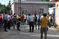Reyhanlı'da Bir Evde Patlama Açıklaması 2 Yaralı
