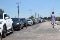 OTOPARK SORUNU - Tatil Cennetinde 8 Kilometrelik Araç Kuyruğu