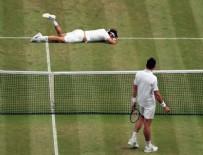 ROGER FEDERER - Wimbledon'da Federer elendi, Raonic finale yükseldi