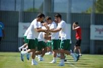 MERT GÜNOK - Bursaspor'un Yeni Transferi İlk Antrenmanına Çıktı