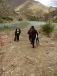 KARAKAMıŞ - Çoruh Nehrinde Kaybolan Genç Aranıyor