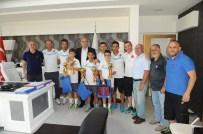 TEOMAN - Şampiyon Tenisçiler, Gençlik Hizmetleri Ve Spor İl Müdürlüğü'nü Ziyaret Ettiler