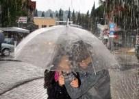 DOLU YAĞIŞI - Aydın'ın Doğusunda Kuvvetli Yağış Bekleniyor