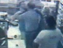 AHMET ÜNAL - CHP'li Başkan market çalışanını boğuyordu