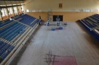 ENGELLİ ASANSÖRÜ - Mimar Sinan Spor Salonu Yenileniyor
