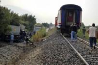 Tren, Kamyonu Biçti Açıklaması 1 Ağır Yaralı