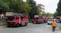ORHANLı - Tuzla'daki Fabrika Yangını Kontrol Altına Alındı