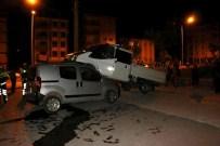 TÜRKISTAN - Aşırı Hızla Otomobillerin Üzerine Uçtu