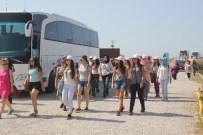 ATATÜRK EVİ - Bitlis, Manisa Ve Uşaklı Gençler Samsun'da