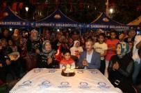 ENGELLİ ÇOCUK - Demokrasi Meydanı'nda Doğum Günü Kutlaması