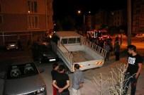 TÜRKISTAN - Otomobiliyle Park Halindeki Araçların Üzerine Uçtu