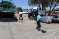 Büyükşehirin Yama Ekipleri, Turgutlu'da İş Başında