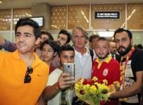 SABRİ SARIOĞLU - Galatasaray Kafilesi Konya'ya Geldi