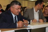 EMRAH ÖZDEMİR - Niğde AK Parti İl Teşkilatı Demokrasi Şehitlerine Destek Verdi