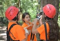 GÜVENLİ İNTERNET - Tuzla Belediyesi Yaz Okulları'nda 8 Bin 361 Kişi Eğitim Alıyor