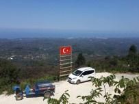 KURUGÖL - Akçakoca'nın En Yüksek Tepesine Türk Bayrağı
