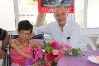 AKÜLÜ SANDALYE - Başkan Atabay, Engelli Rukiye'nin Yüzünü Güldürdü